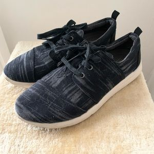 Toms Black and Gray Sneakers